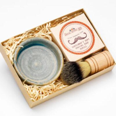 moville-pottery-shaving-set